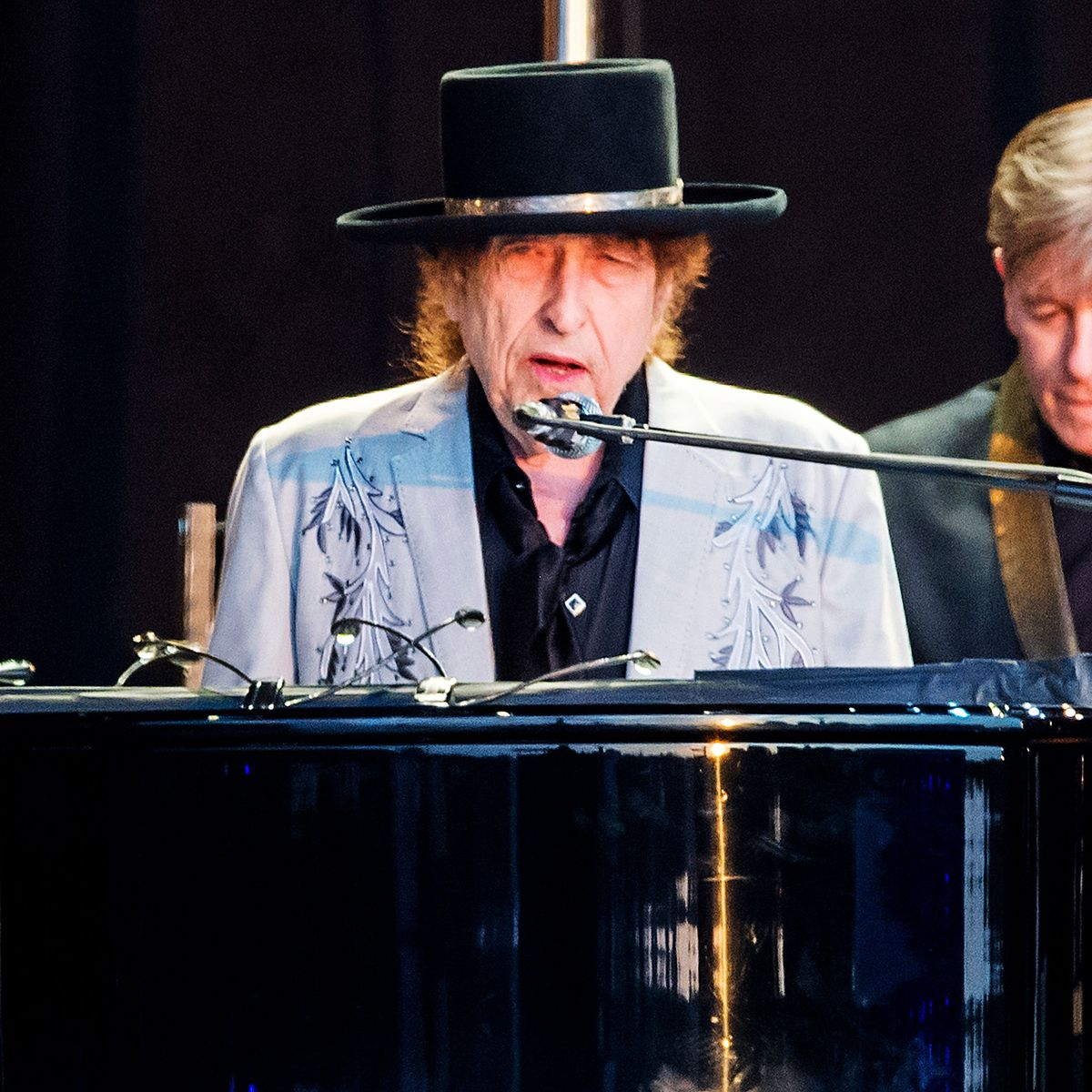 Bob Dylan making tour plans through 2024 is more surprising than his going electric